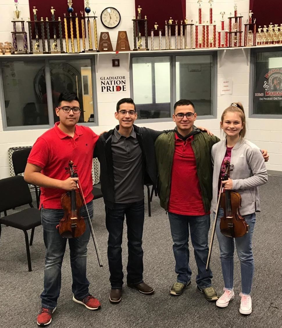 Roma High Mariachi Students Perform Well at Region Auditions