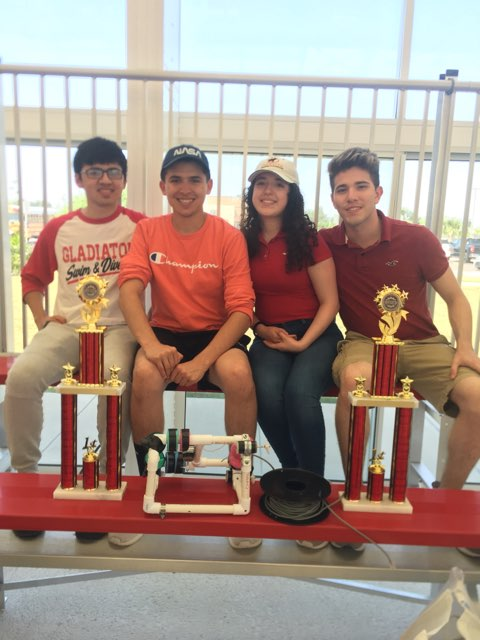 RHS Gladiators Show Might at Regional Robotics Competition